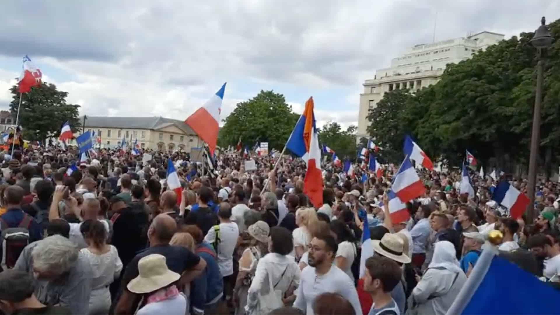 Manifestation anti-pass, Paris
