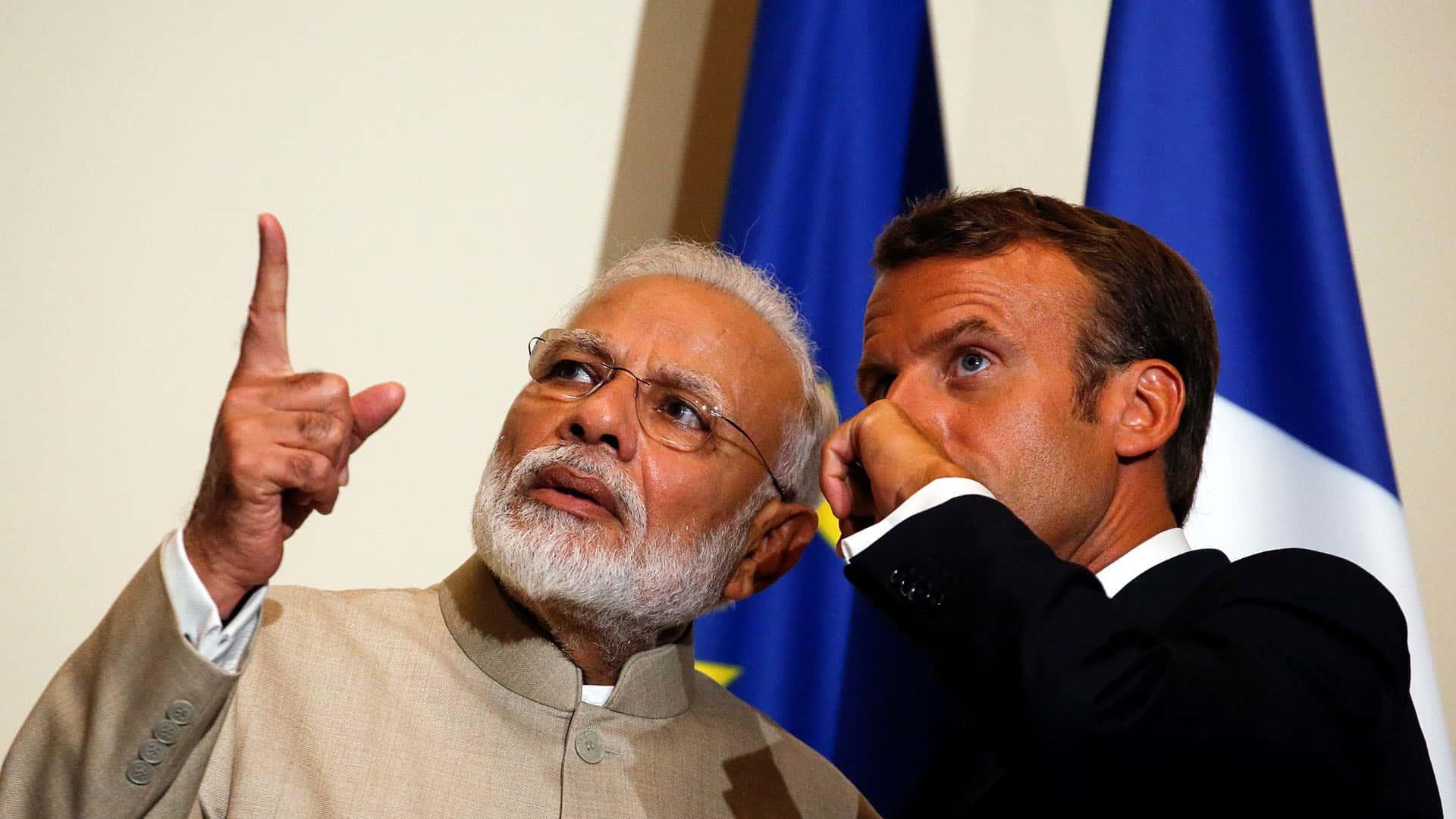 Nerndra Modi - Emmanuel Macron